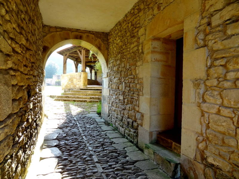 осмотр монастыря